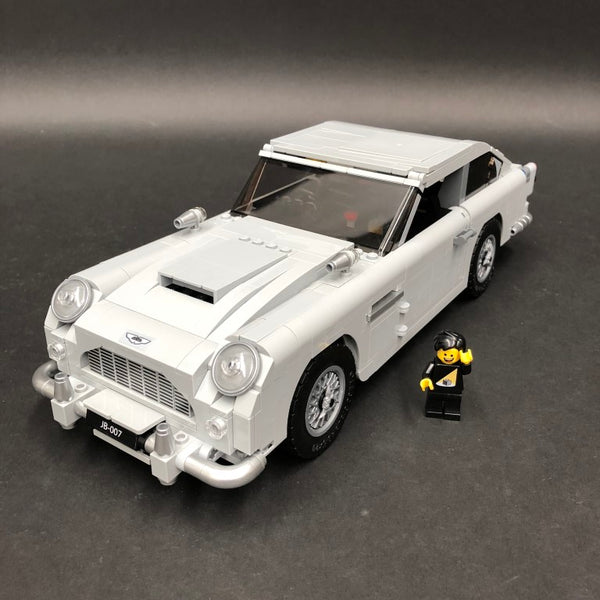 Completed Aston Martin DB5 LEGO model