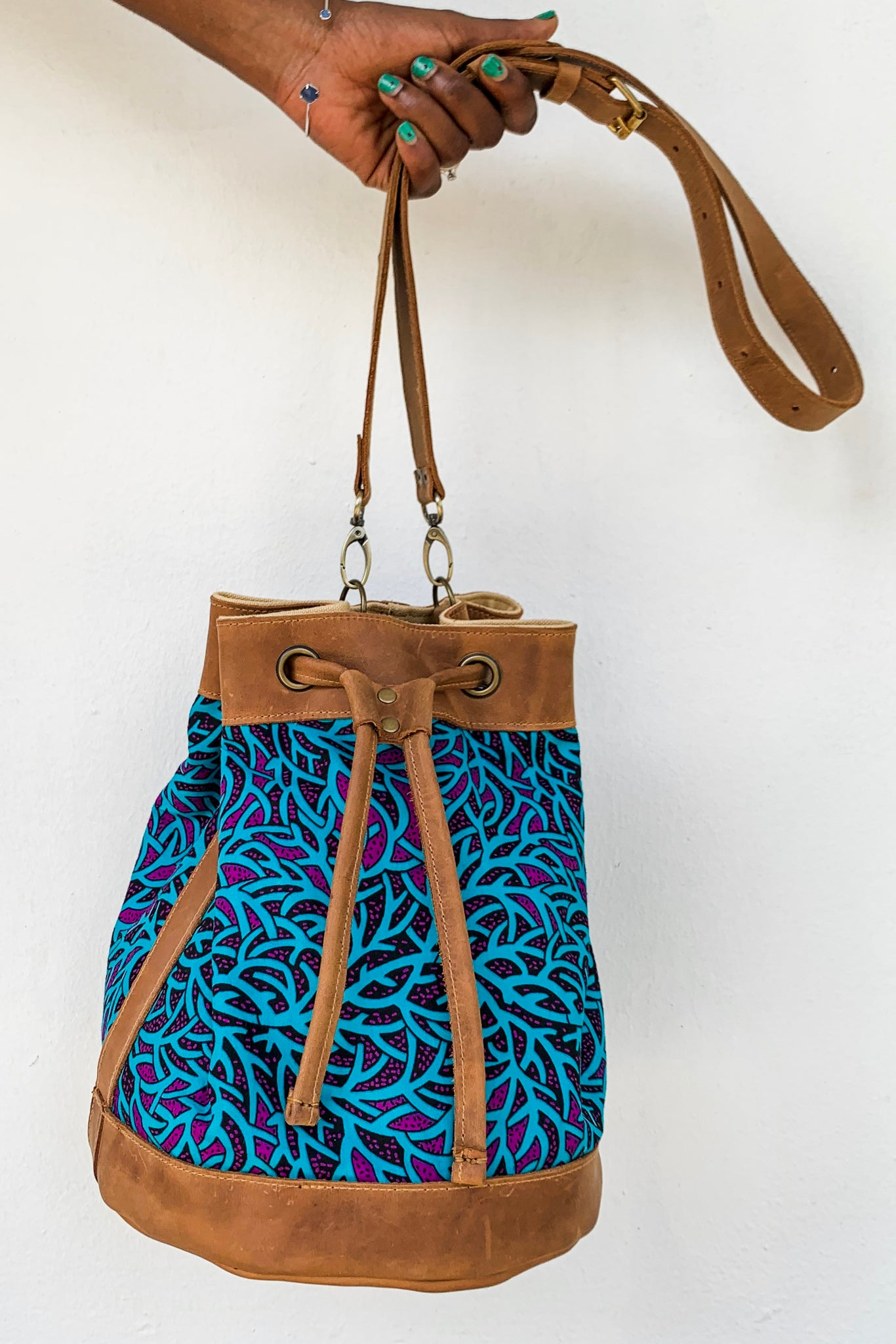 Bepu Blue Bucket bag
