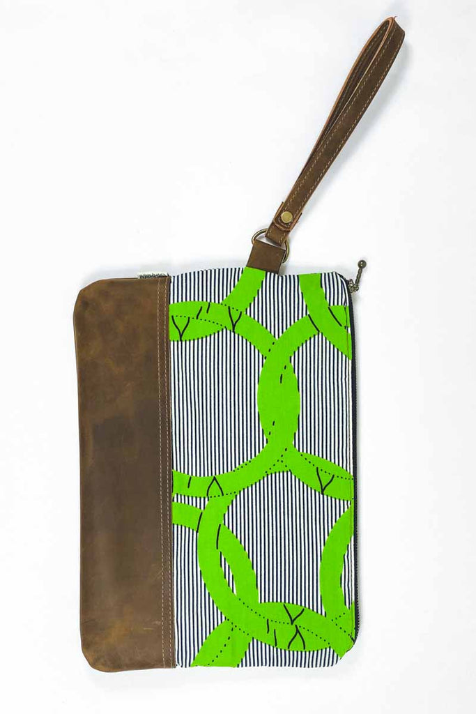 Bepu Vega Clutch Bag - Green/White