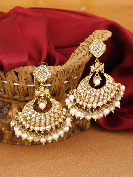 Golden Jaitra Kundan Earrings