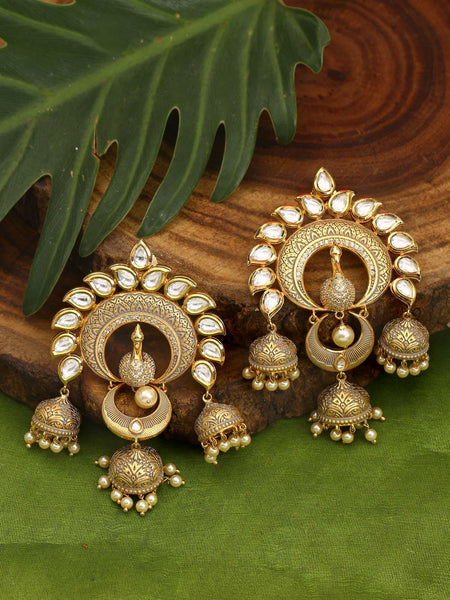 Golden Bijli Zulree Earrings