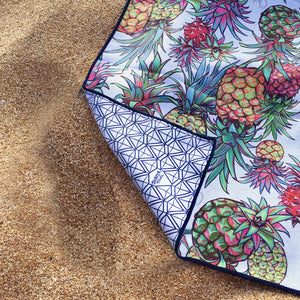 is the perfect beach towel for your dream vacation. Quick drying, easy to travel with, and totally stylish!
