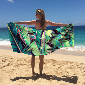 Be the most stylish beach babe with a your Palm Shadows Surfer Towel! Quick drying, super compact. and made of ecofriendly material!