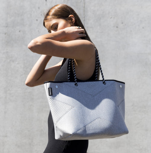 THE X-BAG (GREY MARLE)