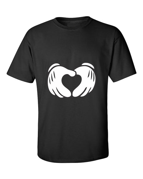 cartoon-hands-heart-cute-fashion-t-shirt