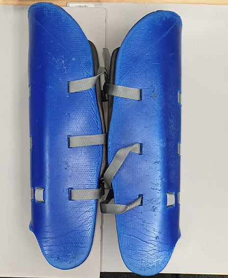 CLEARANCE Mercian Evolution PRO Legguards BLUE