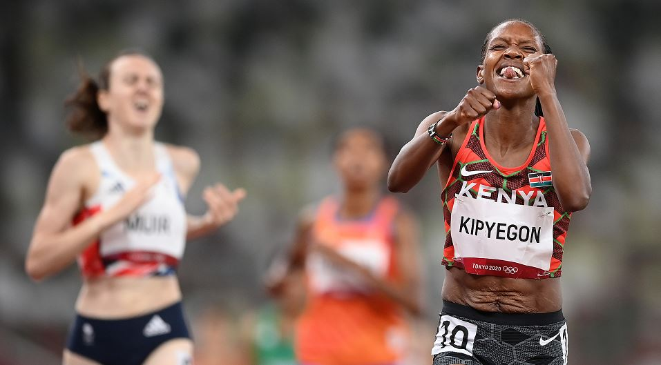 Faith Kipyegon moments after winning the 1500m gold medal