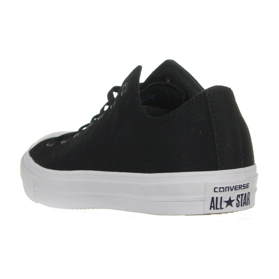Men's Chuck Taylor II Low Top Shoes/Black/White