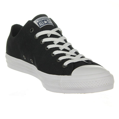Chuck Taylor II Low Top Shoes/Black/White