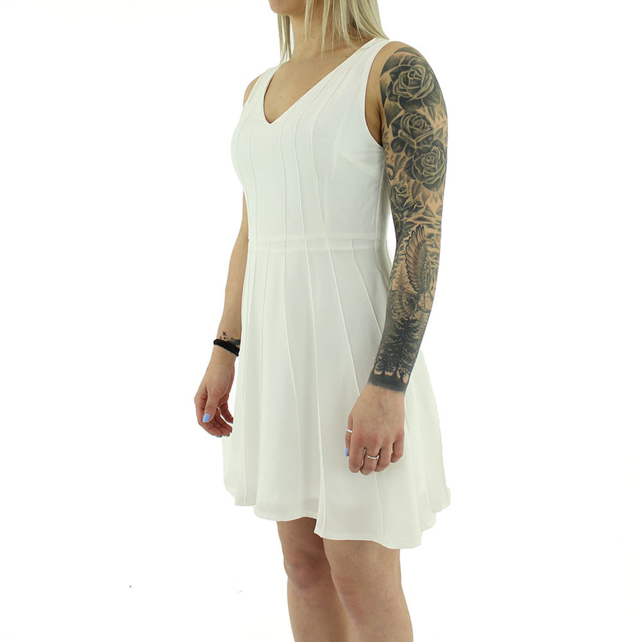 V Neck Dress/White