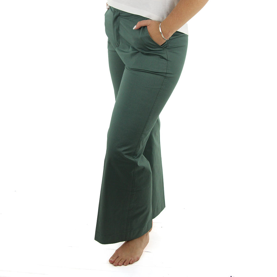Ivory Twill Women's Chinos/Forest Green