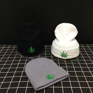 Weed Lovers Shop Clothes Gray Weed Leaf Knitted Beanie Hat