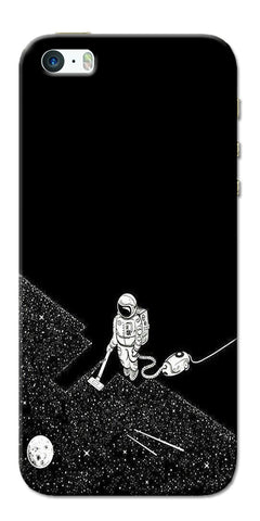 Digiprints Vaccume Claner In Space Printed Designer Back Case Cover For Apple iPhone 5
