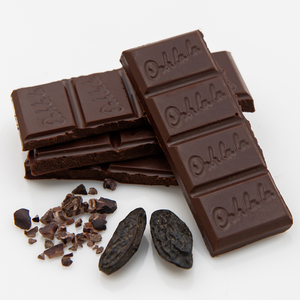 Tonka Bean and Cacao Nibs Dark Chocolate 70g