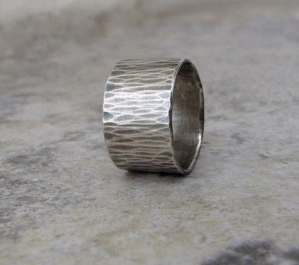Mens Wedding Band Hammered Silver Wide Wedding Ring Woodgrain Bark Ring Rustic Wedding Bands Unique Wedding Rings First Finger Rings
