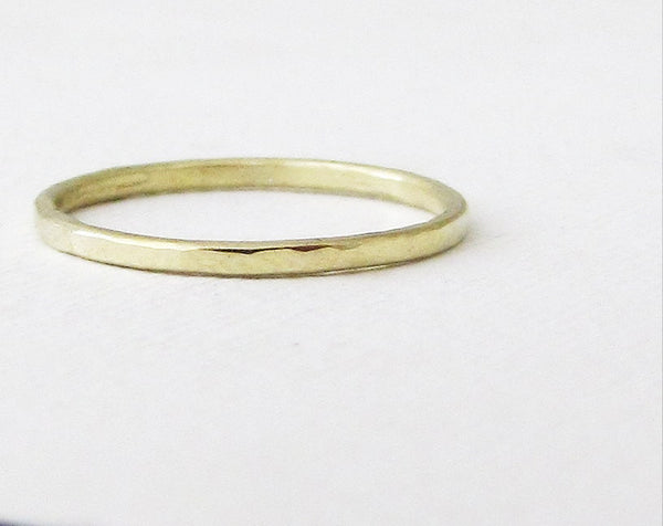 Green Gold Ring Gold Wedding Band Hammered Green Gold Wedding Ring 14k Thin Gold Band