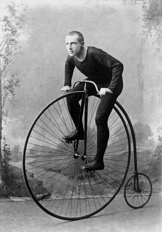 cycling,vintage,black and white, bike, men, sports, nostalgia, bathroom ideas,
