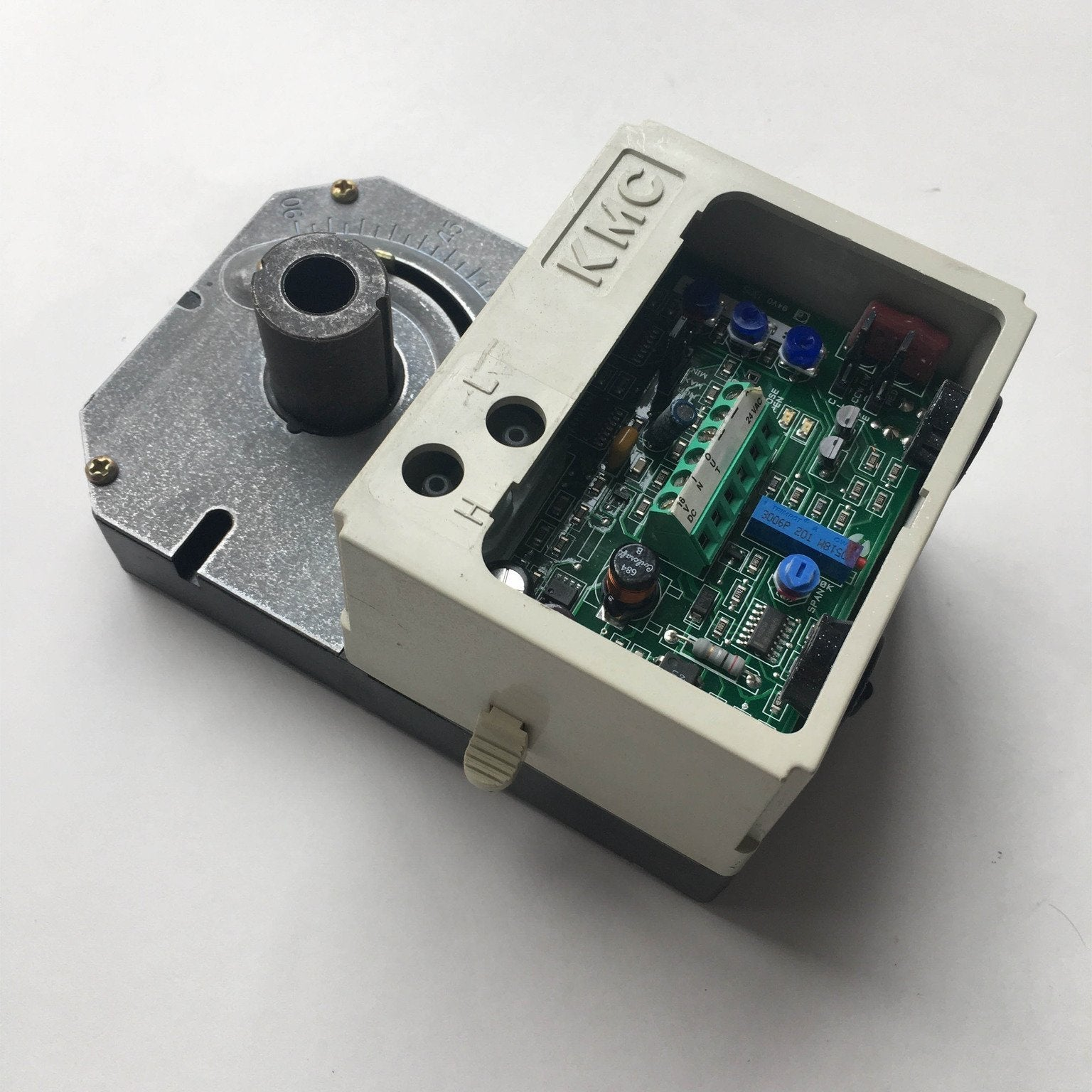 KMC CSP-5001 Controller with Actuator