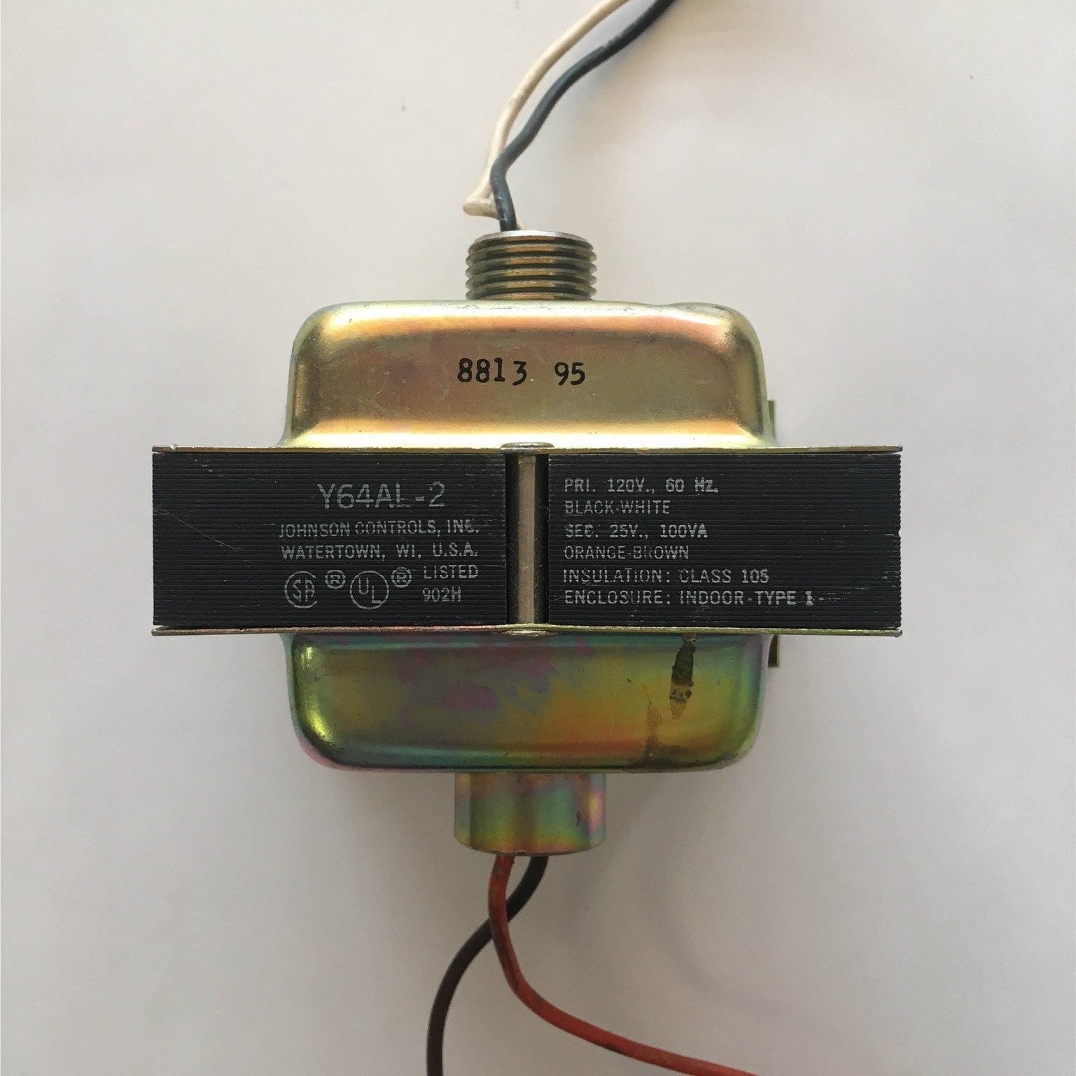 Johnson Controls Y64AL-2 Transformer