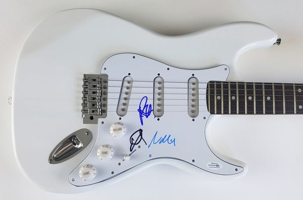 Foo Fighters x3 Dave Grohl Autographed Signed Guitar