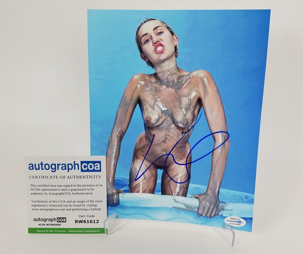 Miley Cyrus Autographed Signed 8x10 Photo Sexy Hot Nude Naked Topless