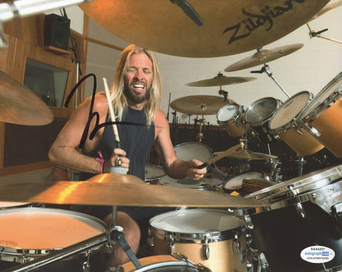 Foo Fighters Taylor Hawkins Autographed Signed 8x10 Photo Drummer