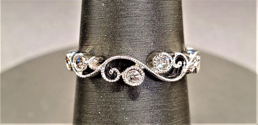 14k White Gold Diamond Band