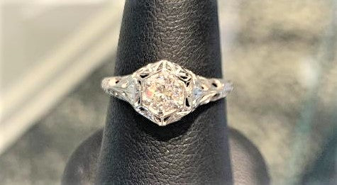 Vintage Round Brilliant Cut Diamond RIng