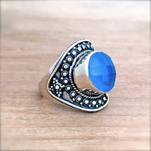 Chalcedony and Silver Ring - size 7.75