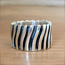 Tidelines Ring