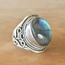 Labradorite and Silver Ring - Size 7