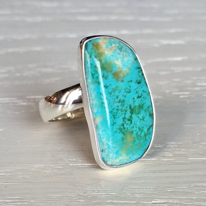 Turquoise and Silver Ring - size 7