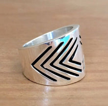 Vibrations Silver Ring