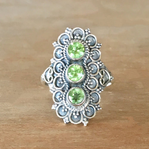Peridot and Silver Ring - size 7.5