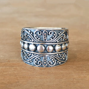 Chant Silver Ring