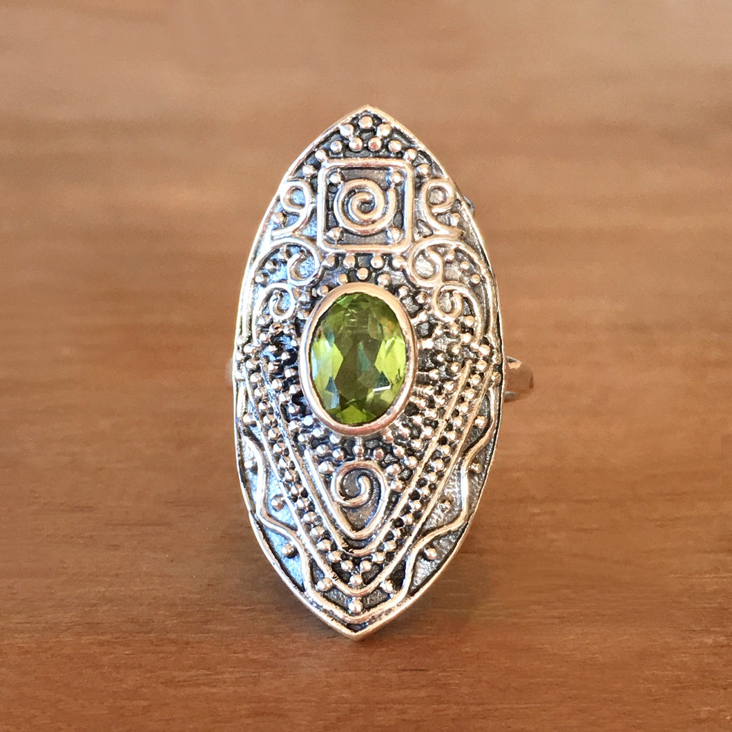 Manifest Peridot and Silver Ring - size 7.75