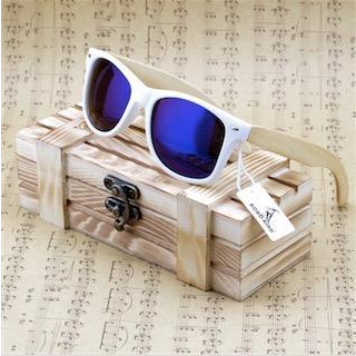 Image of Bamboo Wood Polarized Sunglasses - Lucas Gadgets