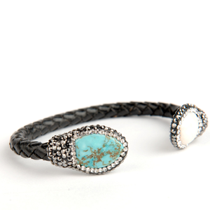 Isis Leather Turquoise and Pearl Bracelet - Lucas Gadgets