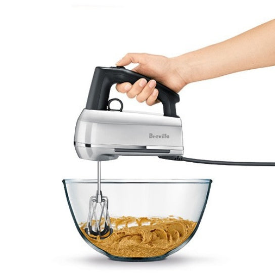Breville Handy Mix Scraper in use