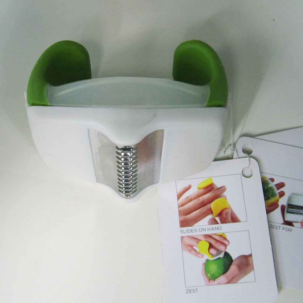 Chef'n Palmzester Citrus Zester in green, with tag