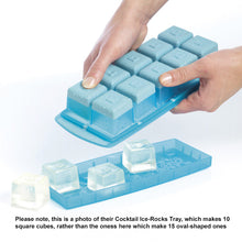 Load image into Gallery viewer, Removing Ice Cubes from a similar type of Mastrad Ice-Cube Tray