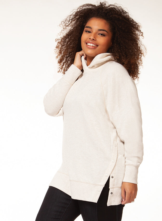 Long sleeve hooded sweatshirt - CURVY
