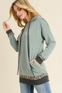 French terry hoodie top with contrast trim