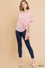 Short sleeve knit round neck top with side waist tie