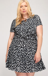 Leopard Print Dress with Front Twist - CURVY