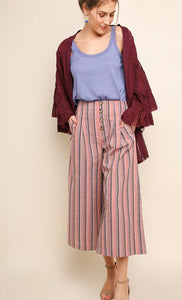 High waist wide-leg pant with buttons