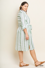 Striped midi dress wit waist tie and side slits-CURVY
