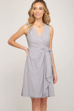 Sleeveless dress with O ring detail