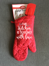This Kitchen is Seasoned With Love, Personalized Oven Mitt
