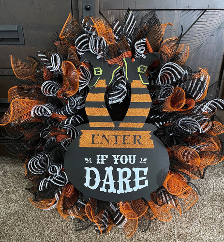 Enter if you Dare Halloween Wreath